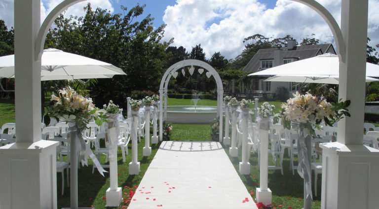 bridal walkway and fountain