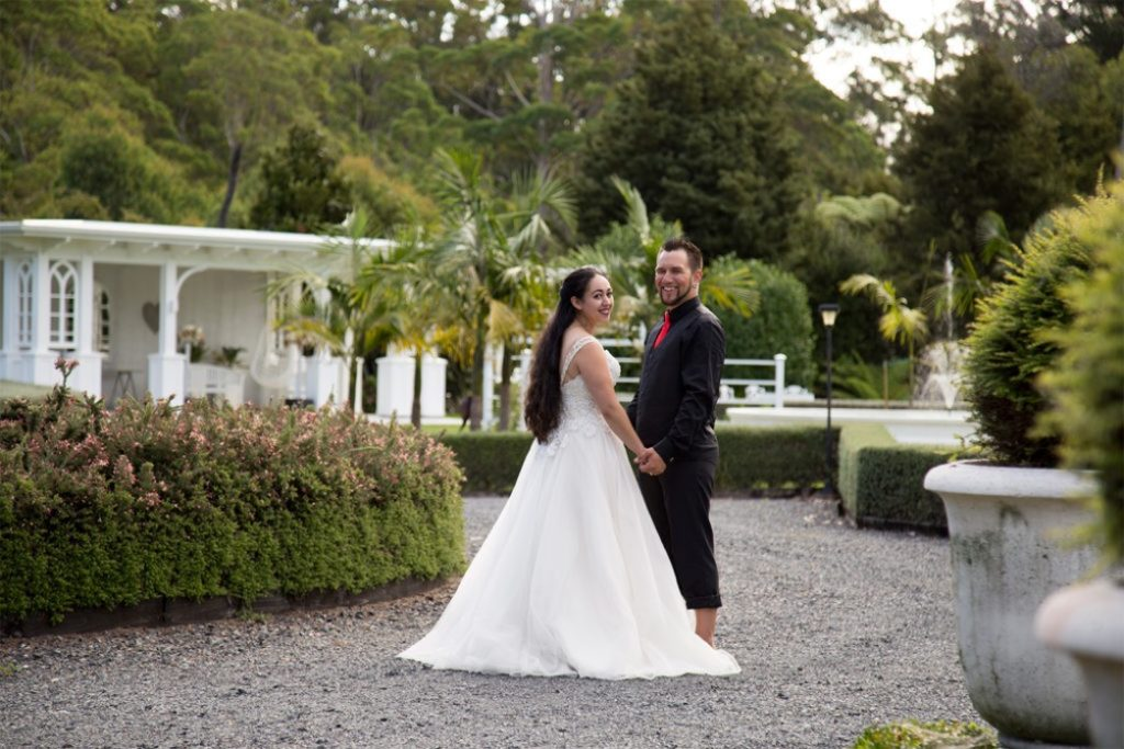 wedding photos at venue in kerikeri
